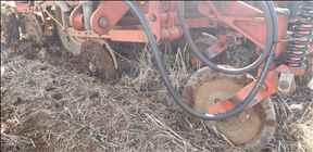 SEMEATO SEMEATO PSM 132  2002/2002 Xará Agrícola - Kuhn - GTS